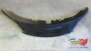 2015 2017 Chrysler 200 Replacement Honeycomb Black Upper Grill New Mopar Oem