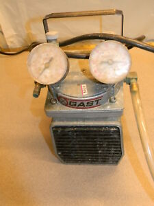Gast Doa p104 aa Pump Sold For Parts Rough
