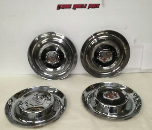 1953 53 Buick Super Roadmaster Deluxe Riviera V8 15 Hubcaps Wheel Covers 1