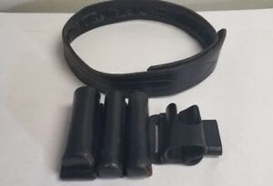 Aker Size 34 Vintage Leather Security Belt With Aker misc Accessories lot B5
