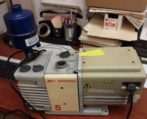 Edwards Model Rv5 5 Vacuum Pump With Balston 18 18 371 H Filter