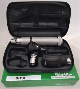 Welch Allyn Diagnostic Set 97150 With 71000 a Handle And 25020 11710 Heads