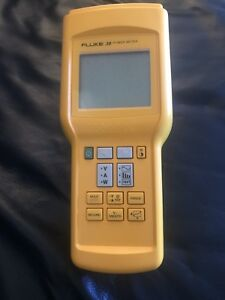 Fluke 39 Power Meter With Several Probe Cables And Bnc Cables