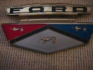 Nos 1959 Ford Plastic Hood Ornament