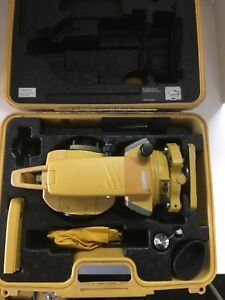 Topcon Gpt 2005 Total Station With Hard Case