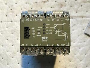 Pilz Pnoz 8 474760 Safety Relay