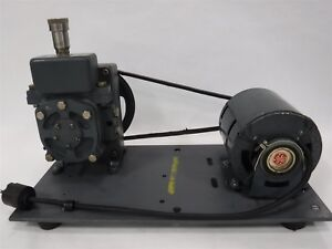 Used Welch Duo seal Belt Driven High Vacuum Pump 1 3 Hp Model 1400 2f