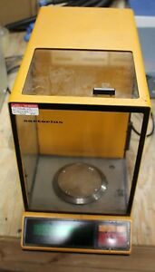 Sartorius 1702 Laboratory Benchtop 200g Digital Analytical Balance Scale