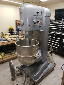 Hobart 140 Qt V1401 Mixer With Bowl And Tools