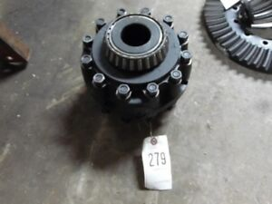 International Harvester 1066 Tractor Differential Part 528706r1 Tag 279