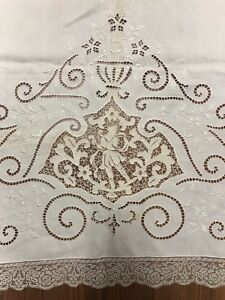 Antique Linen Bed Sheet With Figural Lace Detail Edge Beautiful 68 X 84