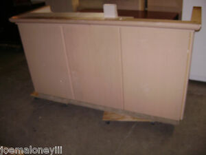 Kiosk Retail Counter Blonde 75 X 26 X 42 1033