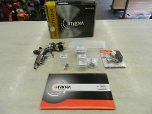 Tekna By Devilbiss Prolite Uncupped Vigilante Paint Gun Sprayer 304220 W Extras