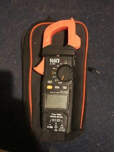 Klein Tools Clamp Meter Cl800 With Leads