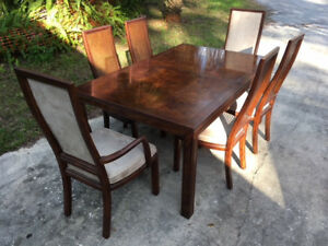 Henredon Vintage Scene One Dinning Table And Six Matching Chairs Made In Usa