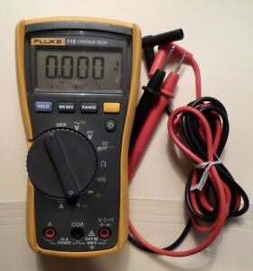 Fluke 115 Electrical Multimeter With Leads 13760406