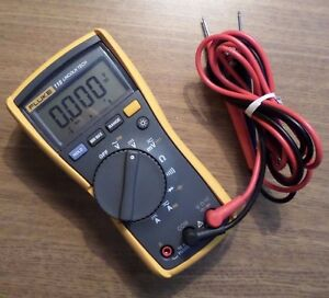 Fluke 115 Electrical Multimeter Excellent Condition 19021620
