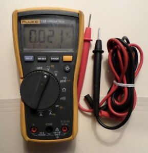 Fluke 115 Electrical Multimeter With Leads 21760480