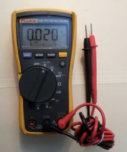 Fluke 115 True Rms Multimeter 27561918