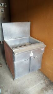 Keating Commercial Gas Deep Fryer Stainless Steel Local Pick Up Only