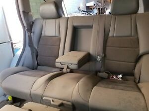 2005 2006 2007 Jeep Grand Cherokee Complete Rear Seats Leatherette