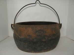Antique Vintage Cast Iron Kettle Bean Pot Cauldron With Handle