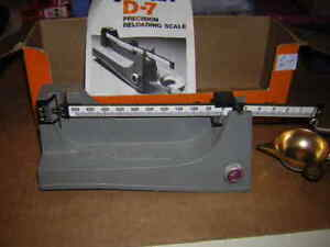 Lyman D-7 powder scale
