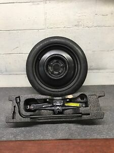 82 05 03 Chevy Cavalier Spare Tire Wheel And Jack Kit T115 70d14