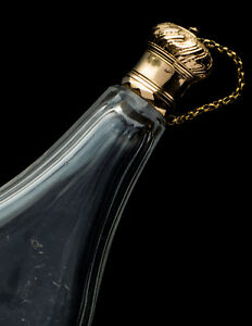 Perfume Scent Bottle Of Glass And Gold France 18th Century