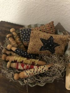 Primitive Americana Clothespins And Pillows In Metal Tray Handmade