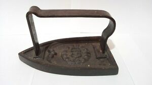 Antique Iron Primitive Old Vintage Clothes With Handle Rare Metal Gd N5