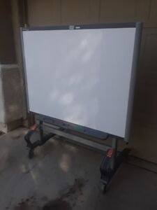 Sb660 64 Smartboard W Stand And Ws200 Smartslate Smart Board Package