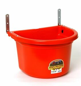Little Giant Fence Feeder 20 Quart Space Saver Horse Sheep Goats Llamas Red