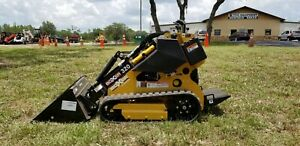 New Morbark Boxer 320 Mini Skid Steer Gas Engine 20 Hp Free Bucket In Stock