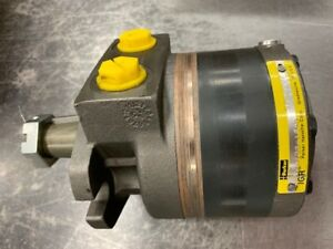 Parker 114a 106 as 0 Motor 10 6cid 1 1 4 Tapered Shaft 2 Bolt free Ship