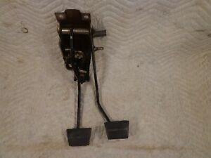 88 94 Gmc Chevy Clutch And Brake Pedal Assembly Oem 89 90 91 92 93 Hydraulic
