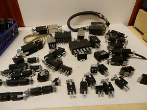 Huge Lot Of Flat Blade Vintage Plugs Sockets New Used Electrical Connectors