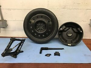 00 05 02 Buick Lesabre Spare Tire wheel And Jack Kit T125 70r16