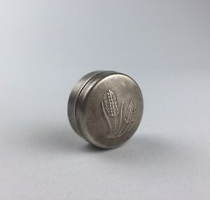 Vintage 925 Sterling Silver Small Pill Trinket Jewelery Box With Embosement