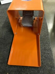 1 4 Npt Pneumatic Mechanical Foot Pedal Valve With Safety Guard