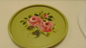 Toleware Tole Ware Round Tray 11 Green Wt Roses And Leaves Handpainted Cntr