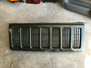 Nos 06 07 Jeep Commander Deep Green Metal New Grille Assembly 5jr621gja
