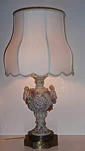 Vintage Capodimonte Style Figural Reticulated Floral Vase Lamp