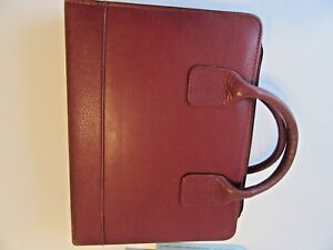 Franklin Covey Quest Burgundy Leather 7 Ring Planner binder With Handles