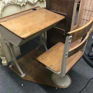 Vintage 1950 S School Desk And Chair