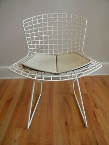 Harry Bertoia Side Chair Knoll