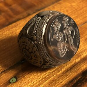 Ancient Or Medieval Middle Eastern Style Islamic Signet Ring Intaglio Stone Old