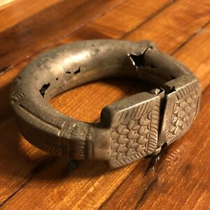 Medieval Antique Cuff Bracelet Old Jewelry Artifact Silver Toned Ottoman Islamic