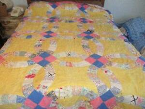 Vintage Double Wedding Ring Cutter Quilt Yellow And Blue Hand Stitched