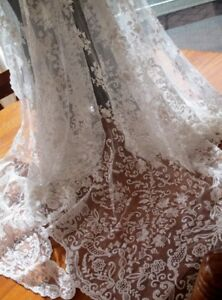 Antique 1850 S Triangular Hand Worked Tambour Lace Wedding Veil From U K